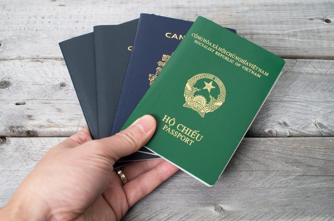 Các nước & lãnh thổ miễn hoặc dễ xin visa cho người Việt